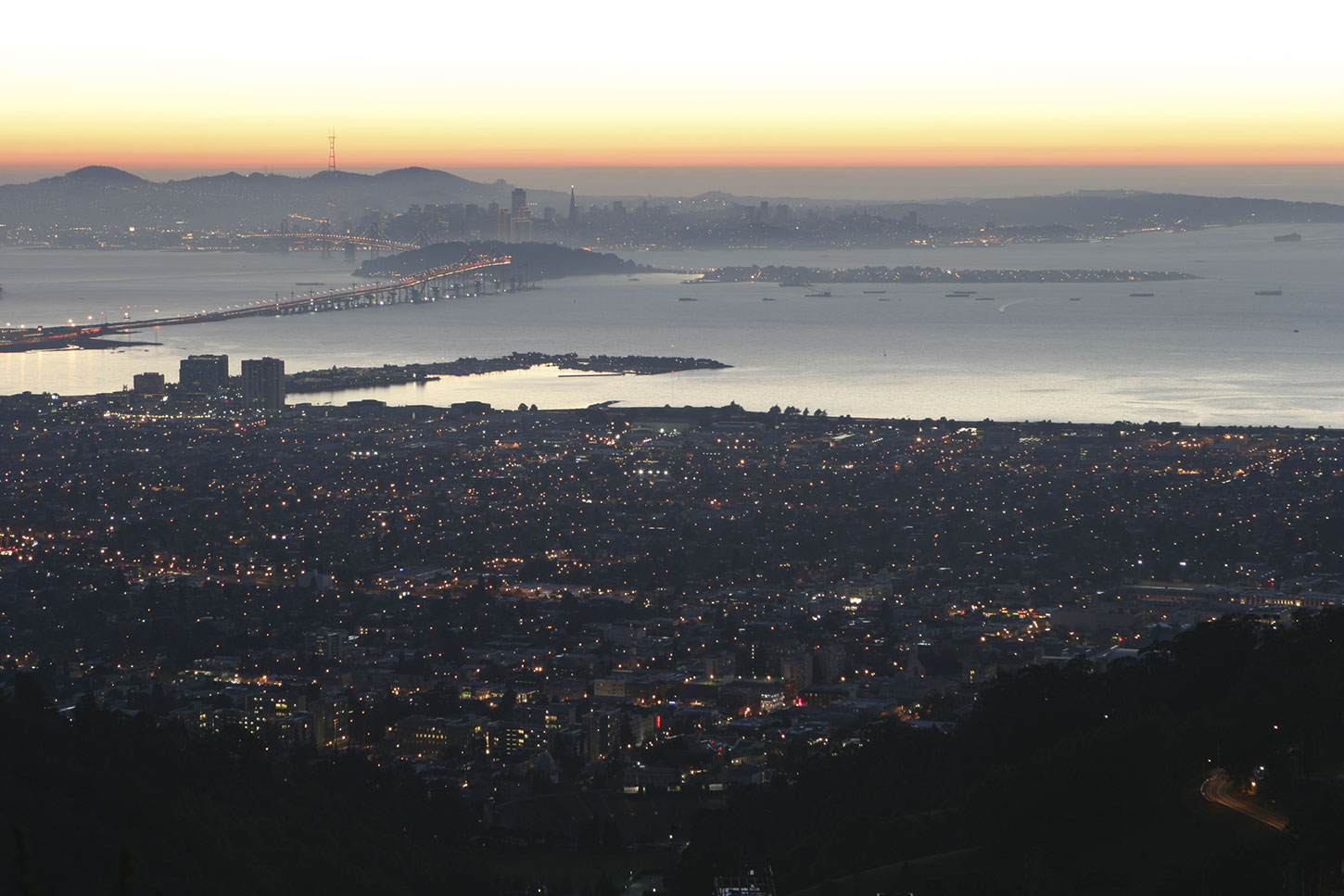 Nighttime view of San Francisco from the Berkeley Hills